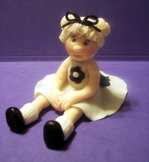 lizzy-the-girl fondant figurine by donna lane